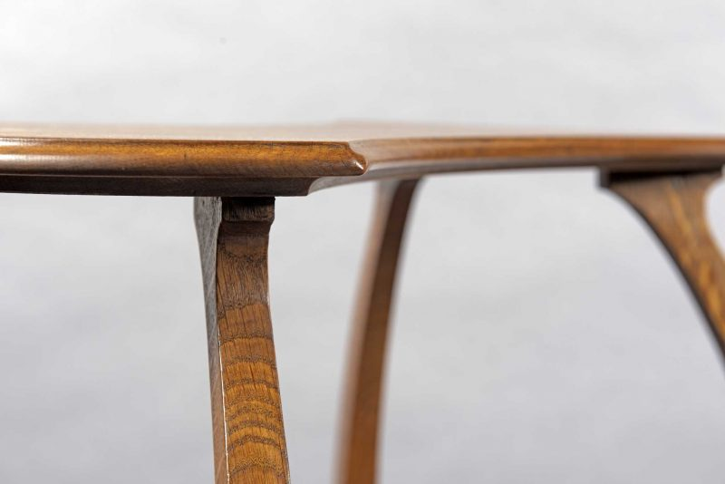 Gustave Serrurier-Bovy <span> Table à thé </span>