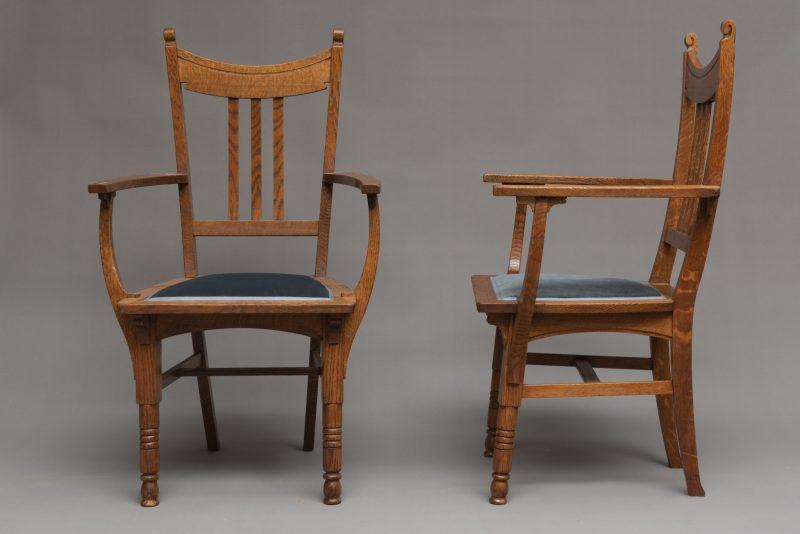 Gustave Serrurier-Bovy <span>Paire de fauteuils </span>